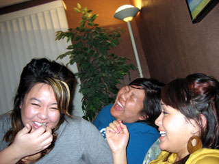 Friendslaughing