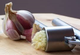 photo of garlic and onions